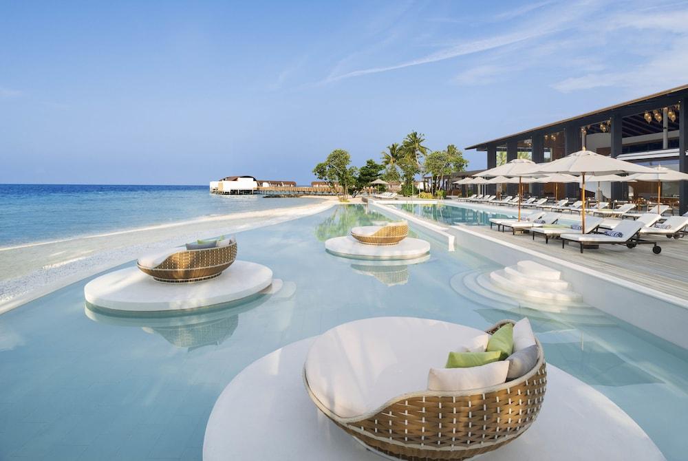 The Westin Maldives Miriandhoo Resort, Maldives Hotel Price ...