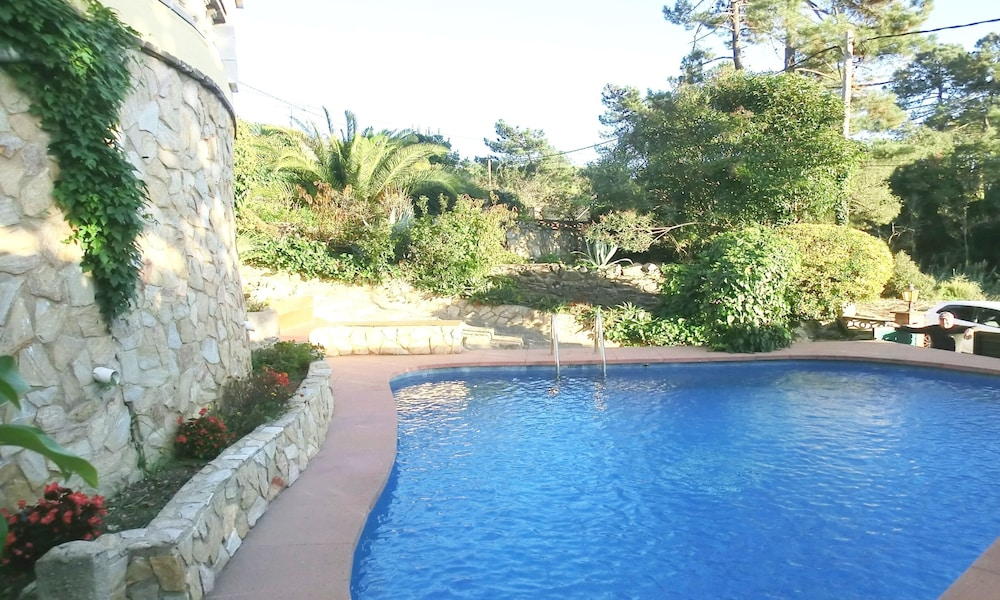 104667 - Villa in Lloret de Mar