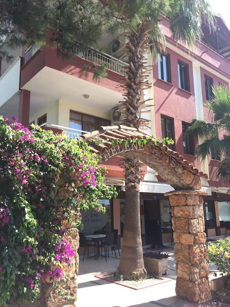 Helene Apart Hotel