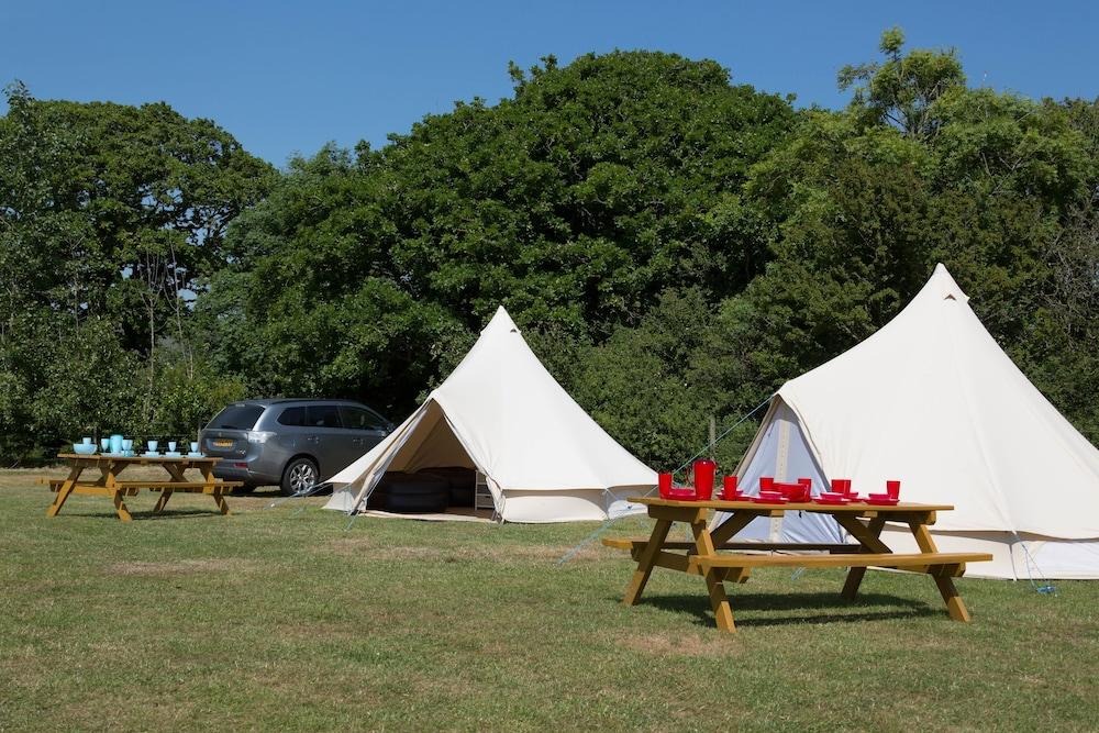 Herston Caravan & Campsite
