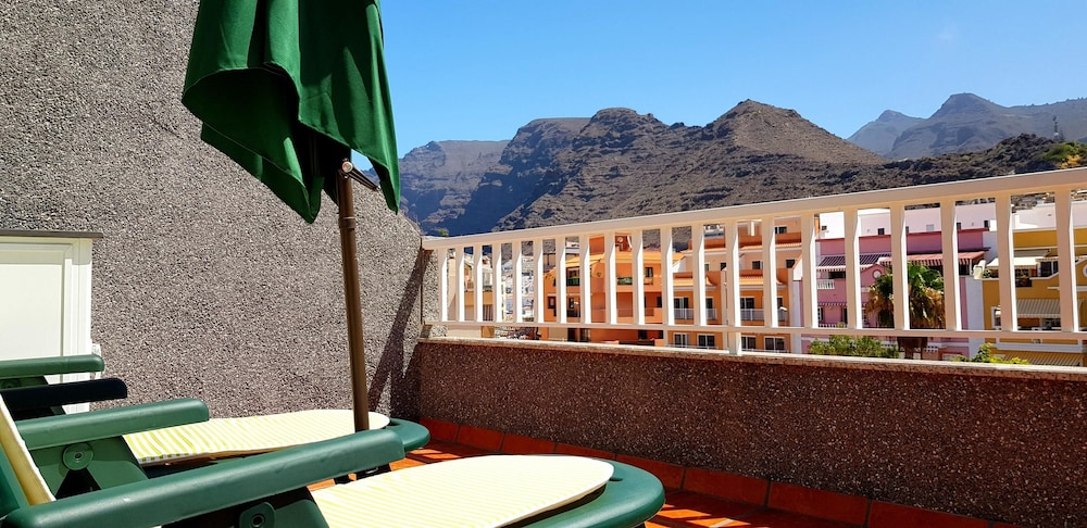 Apartment With 2 Bedrooms in Santiago del Teide, With Wonderful Mounta