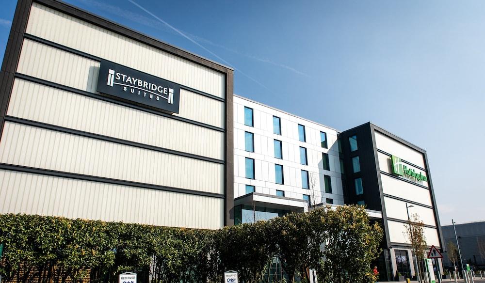 Staybridge Suites London - Heathrow Bath Road
