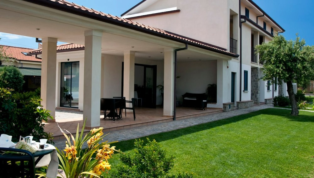 Residence Oliveto a Mare
