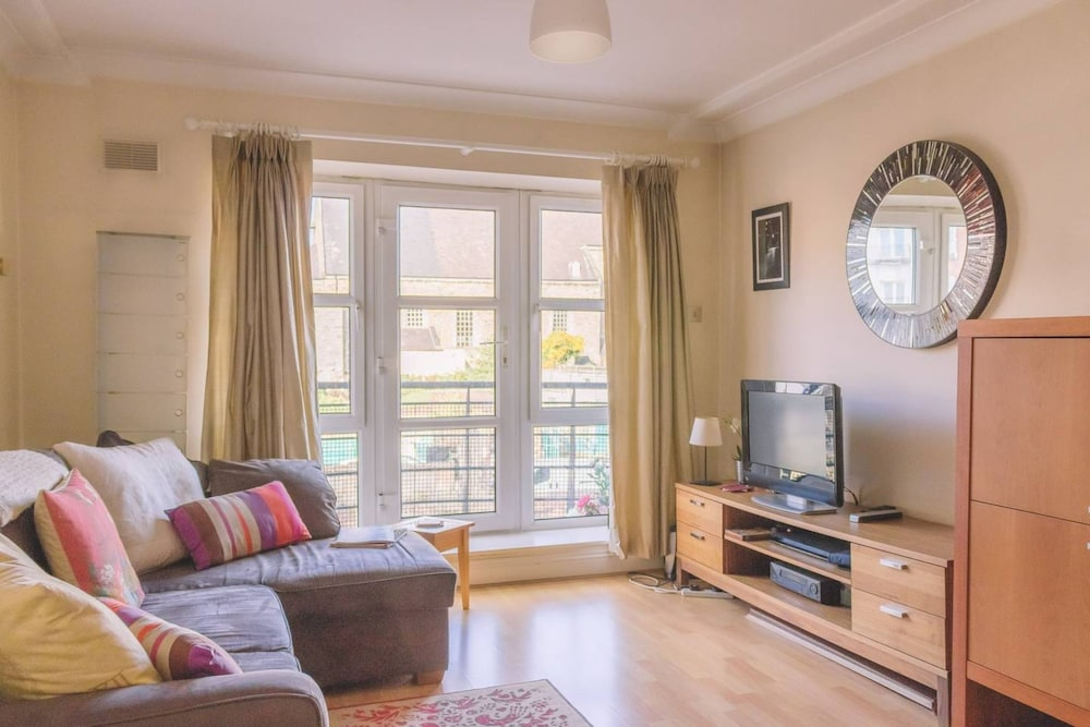 1 Bedroom Apartment Next To Dublin Castle