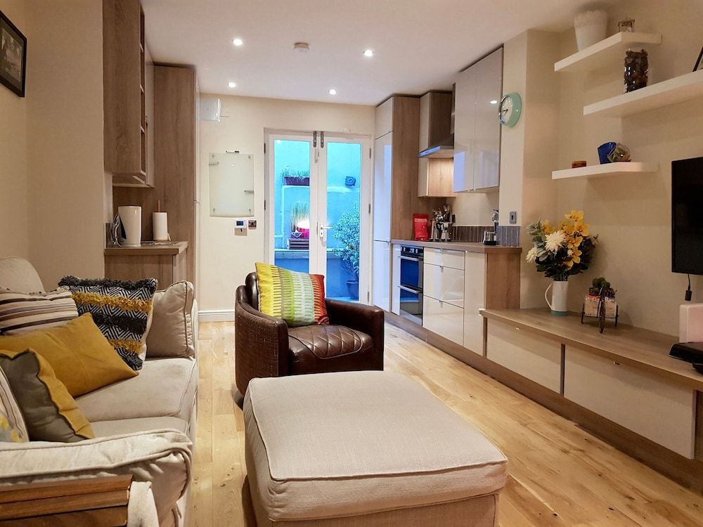 Dublin City Centre 2 Bedroom Home