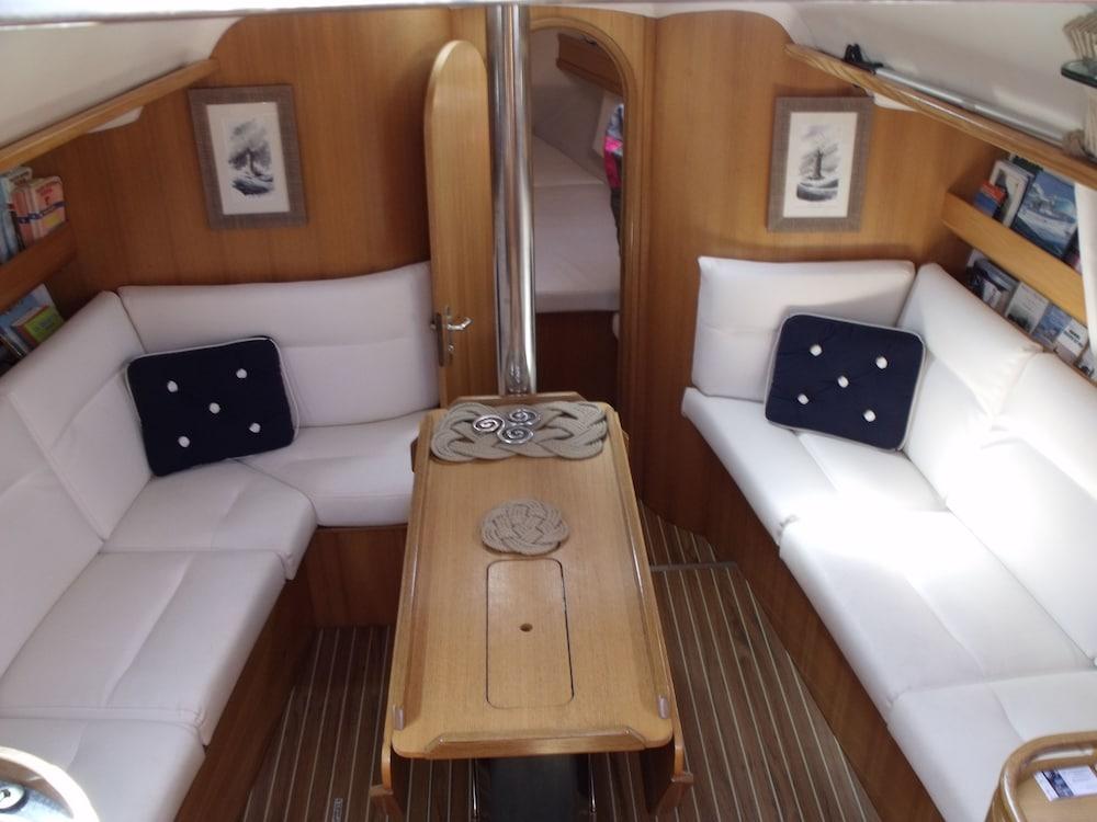 Boat Voilier Atlantis