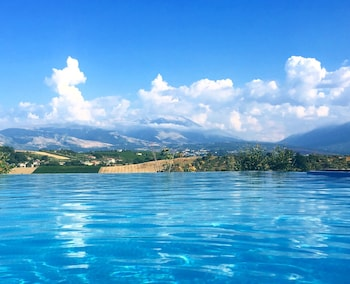 Appartament with view and swimmingpool