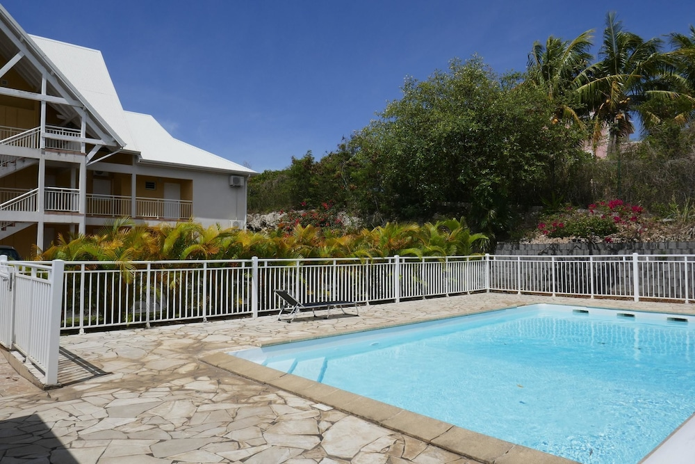 Apartment With 2 Bedrooms in Sainte Anne, With Wonderful sea View, Poo