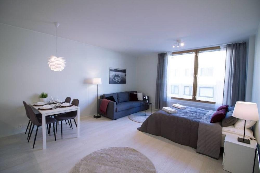 2ndhomes Iso Roobertinkatu Apartment