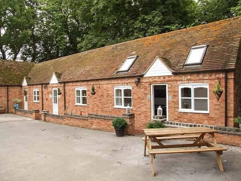 Finwood Cottage 2