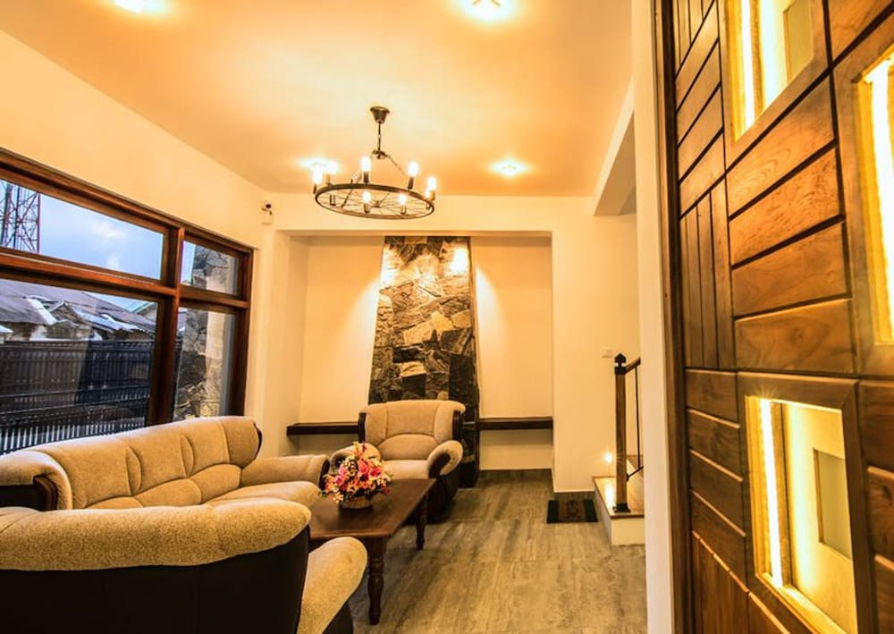 Seasons Villa Nuwara Eliya