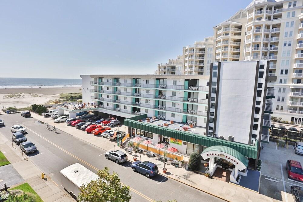 Regal Plaza Beach Resort