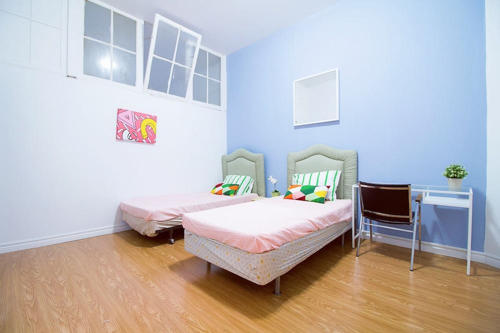 1 Bedroom Bedrooms Apartment near Kensington Market – Unit 4