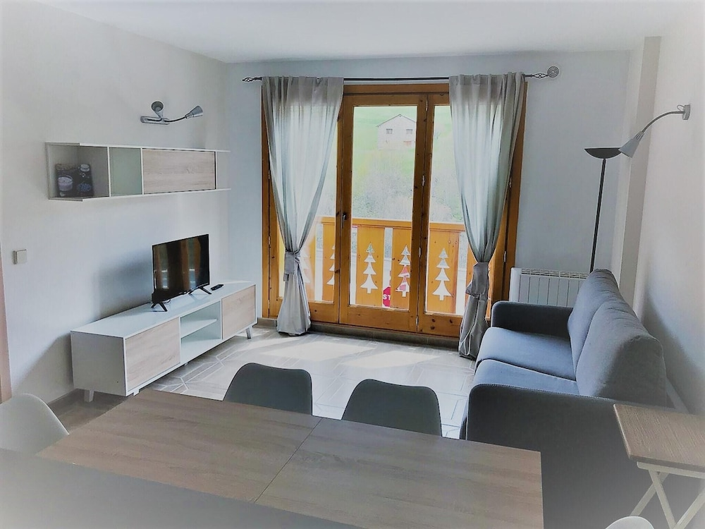Apartment With one Bedroom in Canillo, With Wonderful Mountain View, B