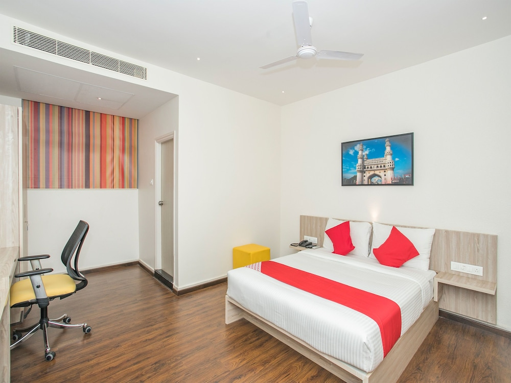Capital O 15744 Northern Suites