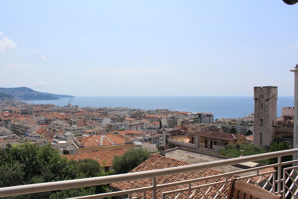Nice Booking - Miramar Terrasse Vue mer