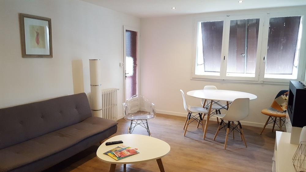 Appartement deux chambres proche centre