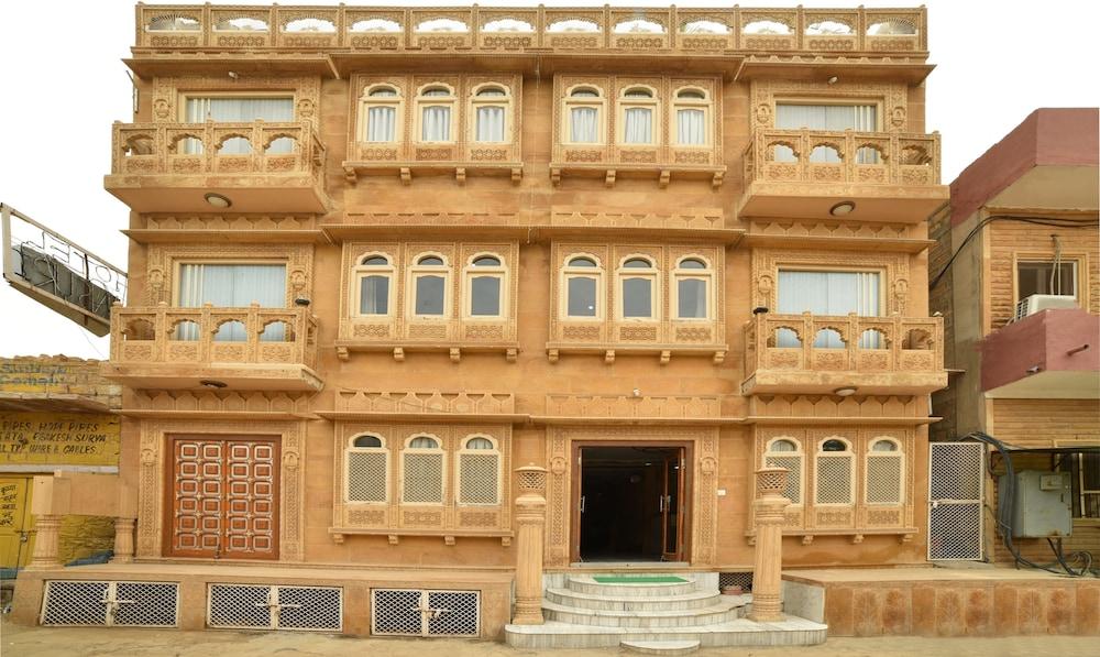 Treebo Trip Bansuri Jaisalmer