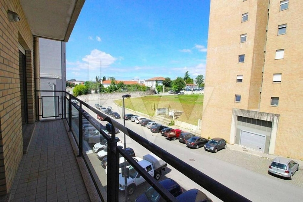Apartment With one Bedroom in Braga, With Wonderful City View, Balcony