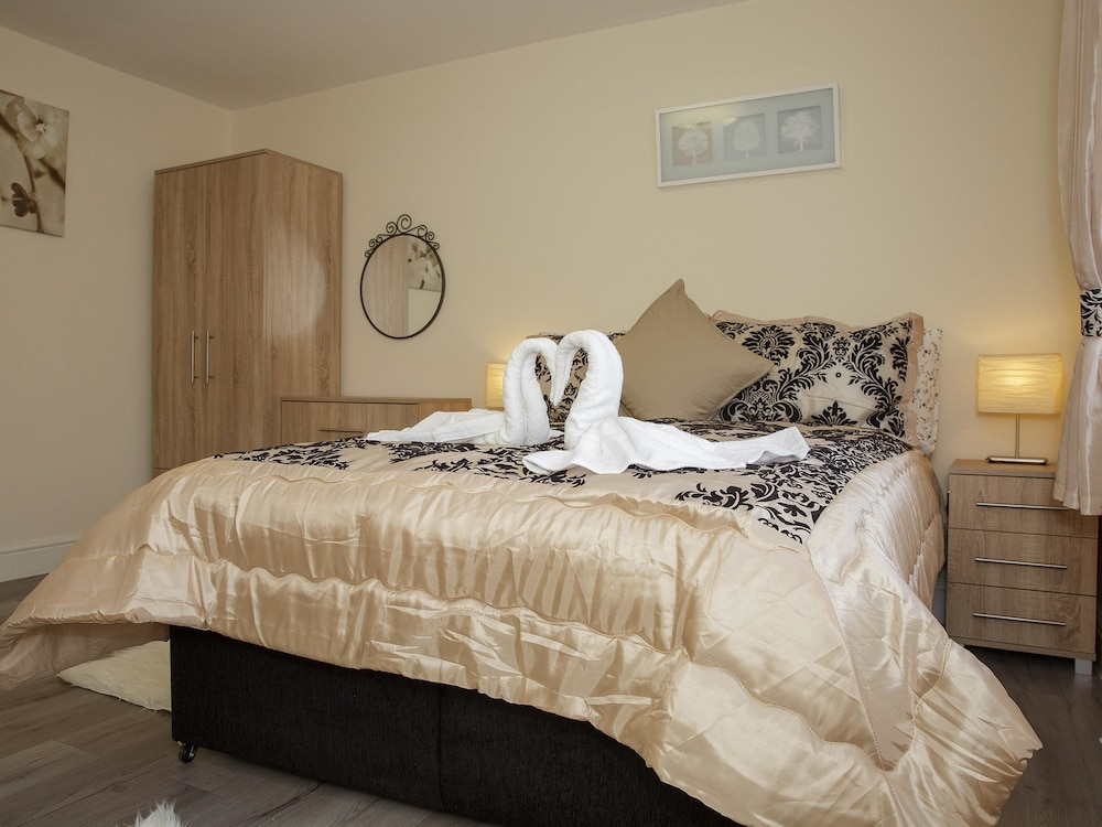 Gooseacre Rooms