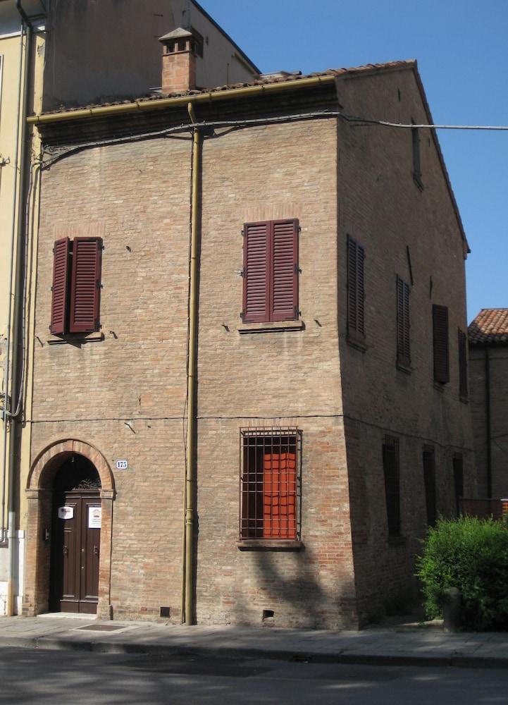 Low Cost Ferrara
