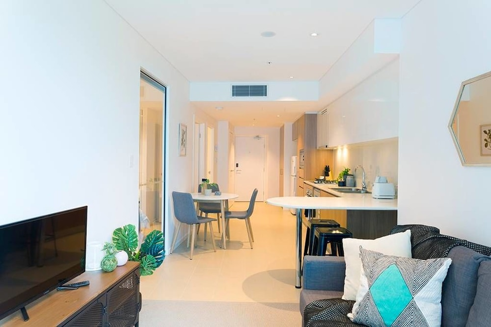 Compact Brisbane Pad With 2 Bedrooms