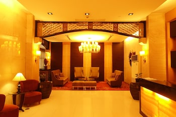 Luxury Condo at Forbeswood Parklane (928708288) photo
