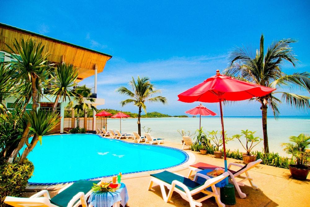 38 Samui Island Beach Resort Hotel