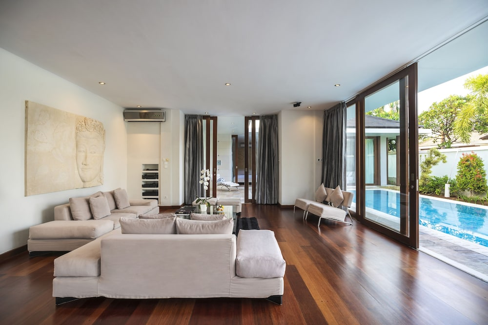 C151 Smart Villas at Seminyak