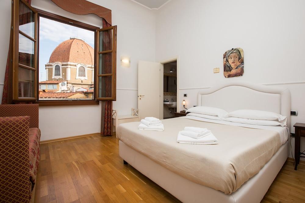 Relais Hotel Centrale - Residenza D 'Epoca