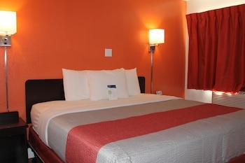 Motel 6 Goodland KS - Guestroom  - #0