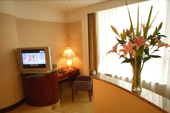 Jinrong International Hotel - Guestroom  - #0