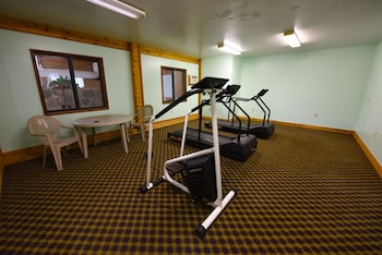 Mackinaw Beach & Bay Inn & Suites - Fitness Studio  - #0