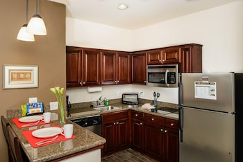 Staybridge Suites Houston-Nasa/Clear Lake - Guestroom  - #0