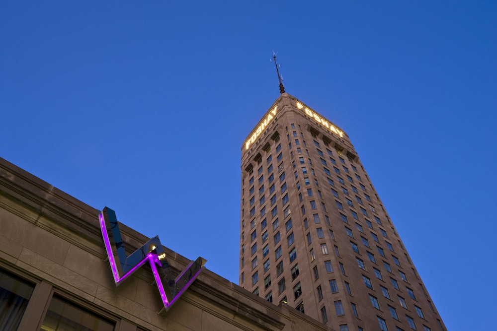 W Minneapolis - The Foshay
