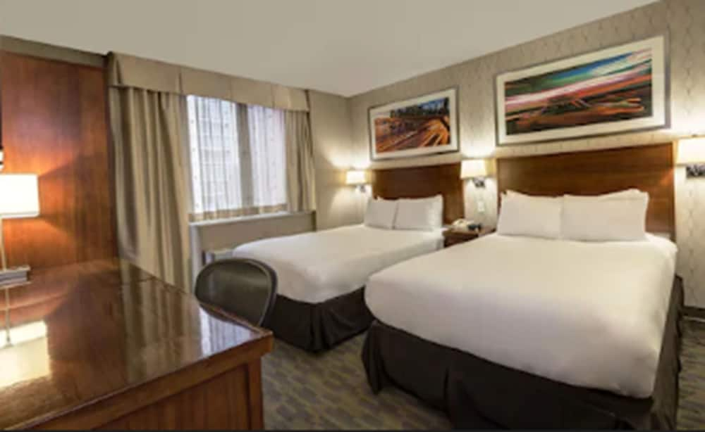 Doubletree By Hilton New York Times Square South New York Price Address Reviews