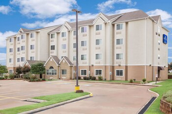 Microtel Inn & Suites by Wyndham Conway in Conway, Arkansas