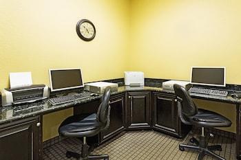 La Quinta Inn & Suites Vicksburg - Business Center  - #0