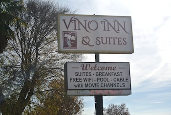 Photo for Vino Inn & Suites in Atascadero, California