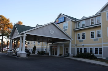 Comfort Inn & Suites Scarborough-Portland