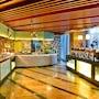 Holiday Inn Qingdao Parkview photo 2/40
