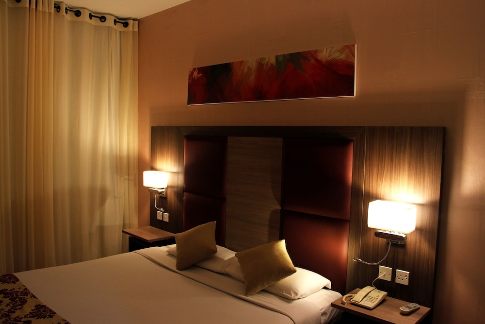 Sharjah Hotels Book Hotels In Sharjah Rs 1383 Get Upto 60 Off On Hotel Booking Makemytrip