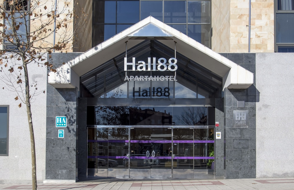 Exe Hall 88 Apartahotel