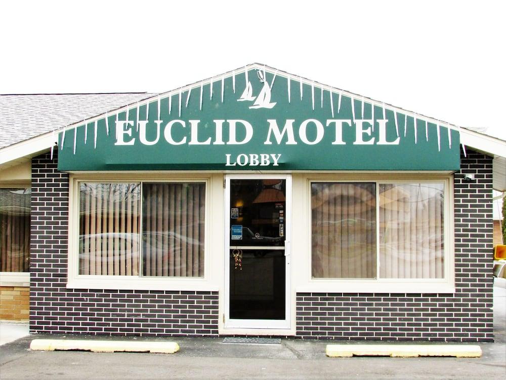 Euclid Motel
