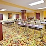 Holiday Inn Express Hotel & Suites Franklin photo 20/36