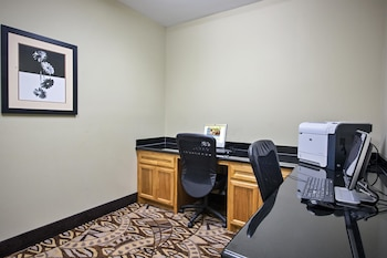 La Quinta Inn & Suites Iowa - Business Center  - #0