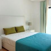 諾沃克羅公寓飯店