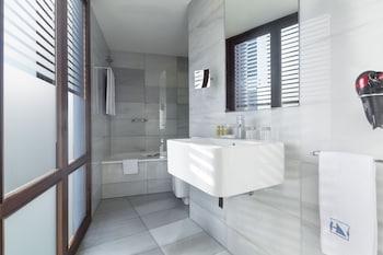 Exe Ramblas Boqueria - Bathroom  - #0
