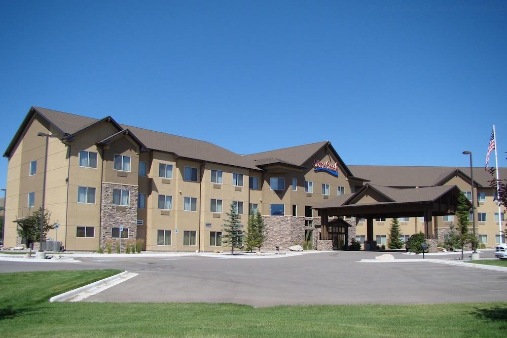 StoneCreek Lodge