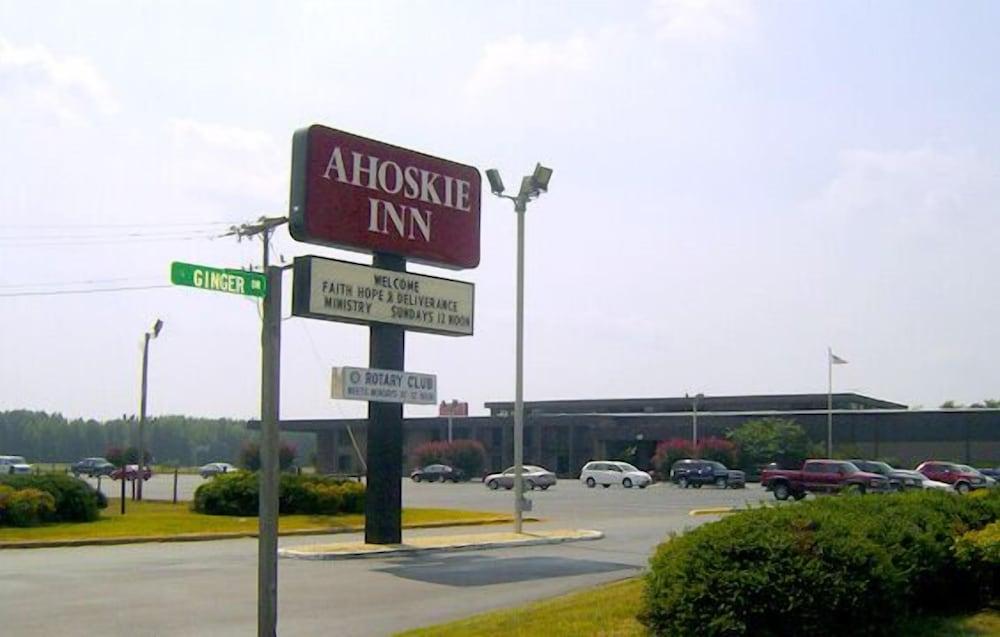 Ahoskie Inn